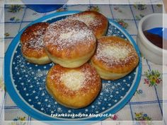 Takarékos konyha: Burgonyás fánk Hamburger, Bread, Food, Brot, Essen, Baking, Burgers, Meals, Breads