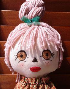 Arela Ourense: Continuamos con muñecas guarda-bolsas.