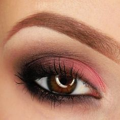 Smokey with coral https://www.makeupbee.com/look.php?look_id=94451