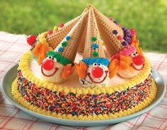 15 Creative Birthday Cakes for Kids - Momtastic - Kindergeburtstag/Kids Birthday - Kuchen Cookies And Cream Cake, Cake Cookies, Cupcake Cakes, Kid Cakes, Cakes For Kids, Smash Cakes, Creative Birthday Cakes, Creative Cakes, Creative Kids