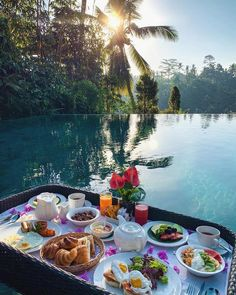 Breakfast in Bali uploaded by Shorena Ratiani Good Morning Coffee, Morning Breakfast, Breakfast In Bed, Beautiful Places To Travel, Beautiful Hotels, Breakfast Around The World, Bali Travel Guide, Balkon Design, Ways To Wake Up