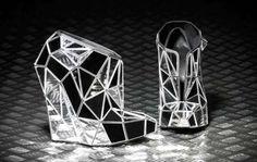 sensacional o  Invisible Shoes da designer Andreia- Chaves.
