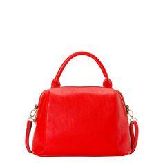 Handbag in red.