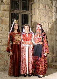 بير السبع - بيت دجن - بيت لحم     Beersheba - Bayt Dajan - Bethlehem (from right to left)