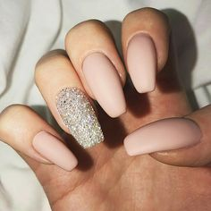 A manicure is a cosmetic elegance therapy for the finger nails and hands. A manicure could deal with just the hands, just the nails, or Blush Pink Nails, Nude Nails, My Nails, Matte Blush, Pale Pink, Diy Nagellack, Nagellack Trends, Best Nail Art Designs, Acrylic Nail Designs