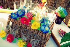 Enfeites de copo para festa surf - Foto: Jaqueline Queli Fotografia