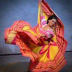 Jalisco, Ballet Folclórico Nacional de México, SILVIA LOZANO