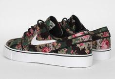 Nike flower stamp > http://thehypebr.com/2013/03/25/nike-sb-zoom-stefan-janoski-digital-floral/