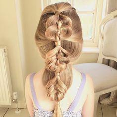 Here's a Bubble Five Strand Braid for Abby this morning  #sweetheartshairdesign #bubblebraid #fivestrandbraid #trenza #tresse #plait #peinado #modernsalon