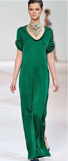 emeralds, maxi, color, fashion week, emerald gorgeous, green dress, fashion spring, le vert, factor fashion