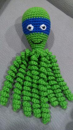 Crochet Gifts, Crochet Toys, Crochet Baby, Knit Crochet, Preemie Octopus, Crochet Octopus, Knit Baby Dress, Bazaar Crafts, Octopuses