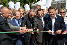Lorenzo Cagnoni, Andrea Cocchi, Alberto Pica, Matteo Zuppi, Giuseppe Tripoli and Dino at the ribbon cutting ceremony of the Gelato World Tour, Rome