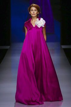 GIADA CURTI - Arab Fashion Week 2015- Park Hyatt Dubai - november 2,2015. NOWFASHION More