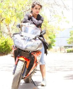 trendy motorcycle fashion for women life Beautiful Girl Photo, Cute Girl Photo, Beautiful Girl Indian, Girl Photo Poses, Beautiful Girl Image, Photo Shoot, Stylish Girls Photos, Stylish Girl Pic, Girl Pictures