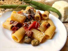 Pasta con Fave Pancetta e Pecorino,un piatto veramente semplice ma molto gustoso!! Con questi pochi ingredienti,è uscito fuori un grande e gustoso piatto