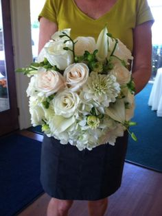 Beautiful Bridal Bouquet - I love the dahlias roses and callas mixed with lily and a touch of green ! It is one of my favorite bouquets