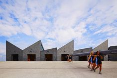 Studio Gang Architects Unveil Stunning Sawtooth-Roofed Boathouse in Chicago…