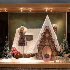 Window design, christmas windows, christmas store, christmas window d Christmas Store, Noel Christmas, Christmas Windows, Christmas Window Display Retail, Christmas Displays, Visual Merchandising, Anthropologie Display, Anthropologie Usa, Store Window Displays