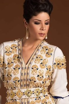 Découvrez cette nouvelle collection de caftan marocain 2016 & takchita de luxe par leila hadioui top mannequin du Maroc