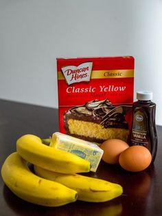 New cake mix banana bread recipe eggs Ideas Cake Mix Banana Bread, Moist Banana Bread, Chocolate Banana Bread, Banana Bread Recipe Made With Cake Mix, Cake Mix Muffins, Banana Bars, Banana Recipes Easy, Healthy Bread Recipes, Paleo Bread