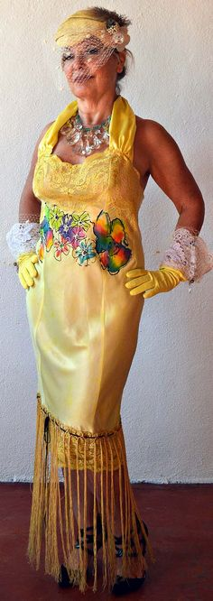Flirty Fun Flapper Dress in bright yellow projects glam girl sophistication. Roaring Twenties, The Twenties, 20s Flapper, Painted Flowers, Glam Girl, Bright Yellow, Bombshells, Magenta, Lime