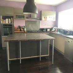 Ilot pratique et table de salle à manger - - Votre cuisine ...
