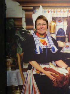 Never too old to learn: Hollandse klederdracht in het Zuiderzee Museum in Enkhuizen #NoordHolland #Volendam
