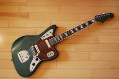 Fender Jaguar -- my all time favorite guitar! Gretsch, Gibson Guitars, Fender Guitars, Gibson Les Paul Tribute, Fender Squire, Lake Placid Blue, Fender Jaguar, Jim Morrison Movie, Guitar