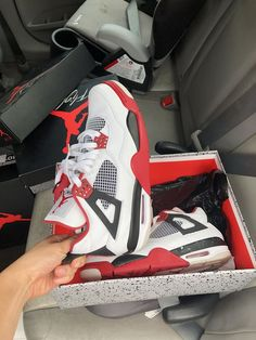 New and Used Clothing & shoes for Sale in High Point, NC - OfferUp Cute Nike Shoes, Cute Sneakers, Shoes Sneakers, Nike Air Jordan, Jordan 4, Estilo Tomboy, Jordan Shoes Girls, Jordans Girls, Nike Shoes Air Force