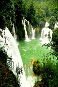 Create unforgettable moments in Vietnam with a trip to Ban Gioc Waterfall.