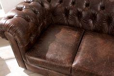 Chesterfield Sofa im Vintage Stil. Hochwertiges italienisches Leder in Used-Optik. www.kippax-sofas.de/kippax-chesterfields.htm