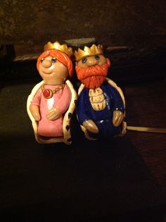 Polymer clay King and queen finger puppets by Lydia Quayle