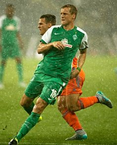 Felix Kroos (#18) of Bremen in action during the pre-season final match between SV Werder Bremen and Valencia CF as part of the Audi Quattro Cup 2015 at Red Bull Arena on July 11, 2015 in Salzburg, Austria.