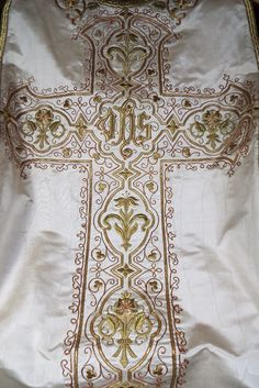 Antique French Gold Metallic Embroidered Vestment Chasuble Panel Gothic Textile in Antiques, Linens & Textiles (Pre-1930), Embroidery | eBay