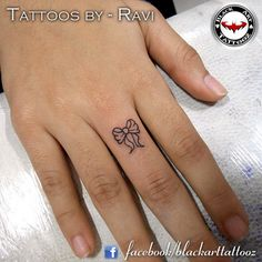 Tiny Bow Tattoo — never lose a ring or birth of a daughter. Retro Tattoos, Girly Tattoos, Little Tattoos, New Tattoos, Skull Tattoos, Sharpie Tattoos, Dream Tattoos, Friend Tattoos, Future Tattoos