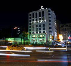 Das Hotel Rixos Pera in Istanbul mit der Ansicht von vorn