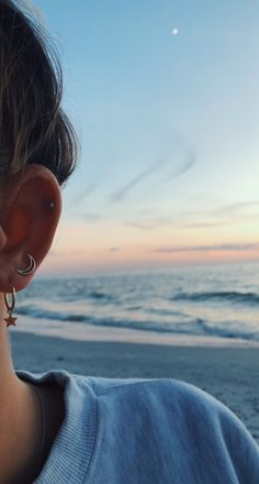 20 most popular types of ear piercings to consider- 20 most popular types of ear . - 20 most popular types of ear piercings to consider – 20 most popular types of ear piercings to co - Guys Ear Piercings, Types Of Ear Piercings, Double Ear Piercings, Mouth Piercings, Ear Piercings Helix, Double Cartilage, Labret, Piercings Bonitos, Photo Shoot