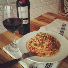 red wine tomato pasta by Kitchen Art