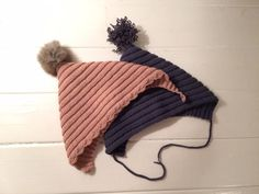 Den lille rib – loops of liberty Crochet For Kids, Diy Crochet, Crochet Baby, Chrochet, Baby Sewing, Baby Hats, Pixies, Mittens, Winter Hats