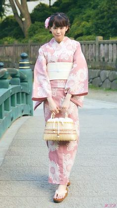 Mirei Kiritani (Japanese actress, fashion model, news caster) in yukata