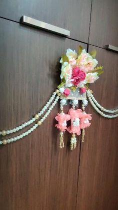 Diwali Decoration Items, Thali Decoration Ideas, Diwali Decorations At Home, Handmade Decorations, Diwali Diy, Diwali Craft, Junk Gypsies Decor, Indian Bedroom Decor, Door Hanging Decorations