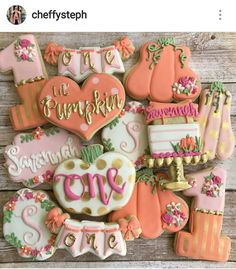 First birthday lil pumpkin cookies Halloween First Birthday, First Birthday Cookies, 1st Birthday Party For Girls, Girl Birthday Themes, Birthday Ideas, October Birthday, Birthday Photos, Birthday Cakes, 2nd Birthday