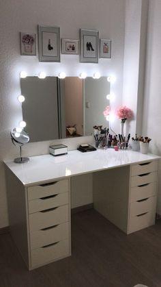 Make-up table / make-up corner - Schminktisch ♡ Wohnklamotte - Bedroom Decor Cute Bedroom Ideas, Cute Room Decor, Teen Room Decor, Room Ideas Bedroom, Bedroom Decor, Master Bedroom, Bedroom Boys, Bedroom Mirrors, Wall Decor