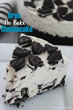Oreo No Bake Cheesecake: this is always a hit with the crowds, and it's a no bake dessert, which makes it a winner all the way around! Click through for the recipe... Raining Hot Coupons