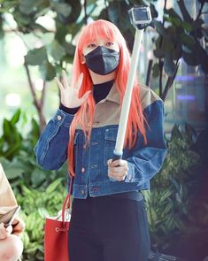 Onda Everglow in Incheon Airport Pop Fashion, Fashion Outfits, Kpop Outfits, Fandom, Yuehua Entertainment, Airport Style, Airport Fashion, Face Claims, South Korean Girls