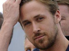 ryan gosling sexy | Ryan Gosling : Découvrez le brun et bouclé !