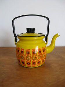 Finel retro kitchenware - love it