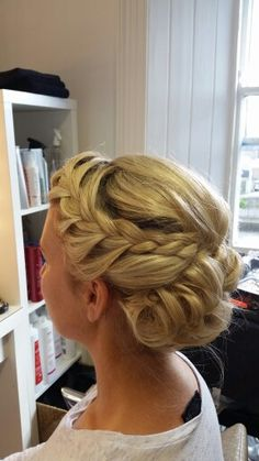 Upstyle soft with side plait Plaits Hairstyles, Updos, Side Plait, Casino Party Decorations, Hair Up Styles, Casino Outfit, Prom Hair, Bridal Shower, Hair Beauty