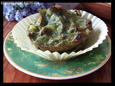 Muffinka ziemniaczana ze szpinakiem i pieczarkami