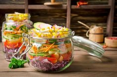 Stock photo - vegetarian rainbow salad in a glass jar for summer picnic. trends in healthy eating Healthy Recipe Videos, Healthy Recipes, Easy Healthy Breakfast, Healthy Eating, Croq Kilo, Rainbow Salad, Eating Vegetables, Salad In A Jar, Healthy Food To Lose Weight